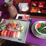 Assortment sushi&sashimi,bento poissons,seafood salad