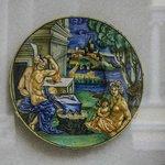 Vivid ceramic plates
