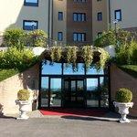 Hotel Mamiani Entrata