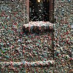 Bubble gum wall in alley.