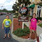 Pizza Hut Express /grocery by the pool