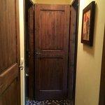 couloir pour desservir la première chambre, le 1er WC et la 1ere salle de bain