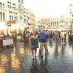 Venetian - indoors plaza that looks outdoors