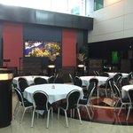 Sheraton Amsterdam airport hotel - common/dining area