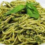 Pasta al pesto genovese...100% italiano!