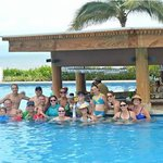 Family Photo Swim Up Bar