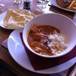 Chicken korma & poppadum