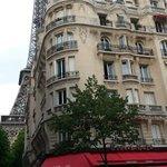 le Castel café et la tour Eiffel !