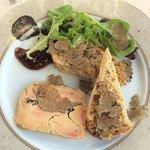 Terrine de foie gras de canard maison truffé à la truffe Tuber Aestivum