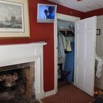 Fireplace, TV,  and closet