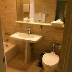 Vista parcial banheiro