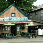 Alpine Pizza in Schroon Lake - excellent fresco dining..