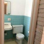 Vista parcial do banheiro