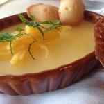 Buttermilk Panna Cotta w Peach Glace