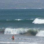 Adembenemende zee, ruig maar goed zwem- en surfbaar, zandstrand