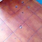 Kaputter Fußboden