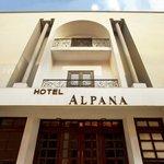 アルポナ ホテル