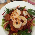Spicy bush salad with prawns. Mmmmmmmmm