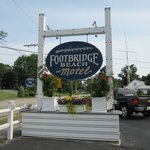 Footbridge Motel Sign