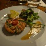 tartare de saumon au gingembre et coriandre