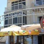 Chaplins Restaurant, Triq Il Luzzu, Qawra