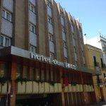 Voorkant van het hotel
