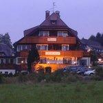 Hotel Zartenbach bei Nacht