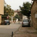 Улица, на которую выходит отель