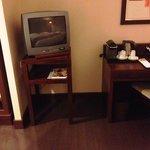 La TV (petite et sans écran plat)