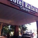 Fachada do hotel Rafain
