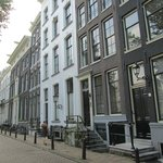 Herengracht met het monumentale nr 48 'de drie heuvelen'