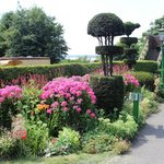 Ropley Station Gardens