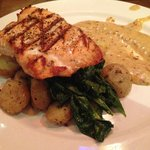 Salmon with potatoes and spinach