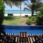 Terraza piscina y vista al mar