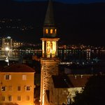 Будва - собор ночью (вид из крепости)