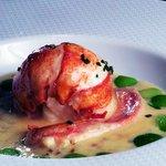 homard écossais grillé avec beurre d'herbes
