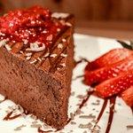 Chocolate amargo y frutos rojos