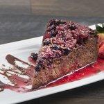 Cheesecake de chocolate y frutos rojos