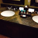 Has double sinks too