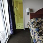 Intimate Angle View Room (Small)