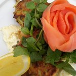 Zucchini fritters with smoked salmon