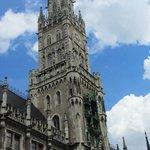 The Munich New City Hall (Rathaus).