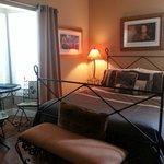 Conch room, queen bed, breakfast nook, no door to outside in room. Working sleep number bed!