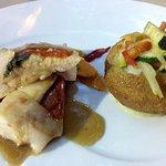 Plat poulet / légumes.