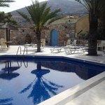 Homers Inn - pool area