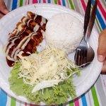 thai rice salad and chicken