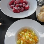 Strawberries and fruit 'Minestrone'