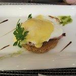 desayuno huevos benedictine