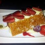 Un mille-feuille délicieux à la fraise de région et crème de pistache !