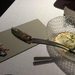 sardinas ahumadas y ensalada de centolla